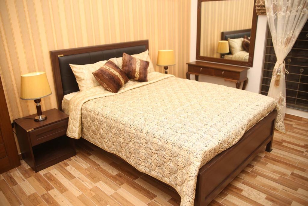 rooms in farm house lahore